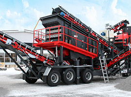 Crawler type mobile sieving machine